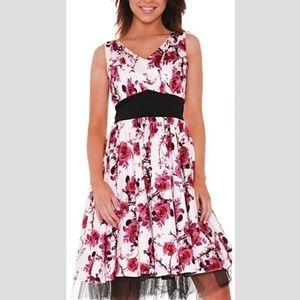 HEARTS & ROSES Belinda Floral Dress